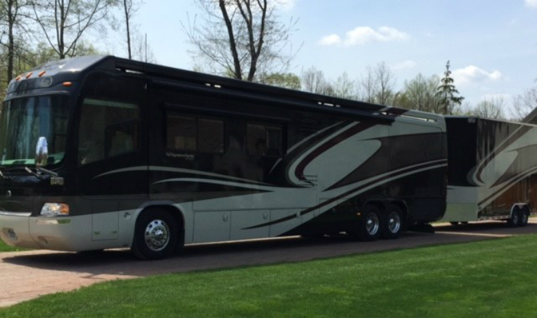 Typical acceptable large motorhome donation that may qualify for both a tax deduction and possibly a partial cash payment.