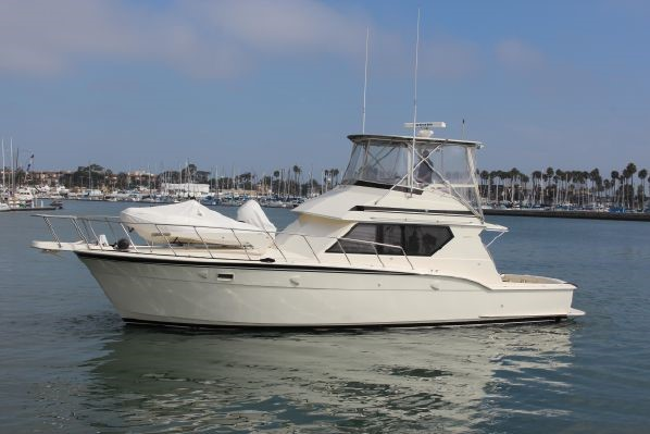 89 Hatteras donated in San Diego to benefit Florida non-profit.